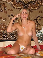 Assorted fotos of hot and horny nude women posing