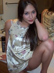 Priceless raunchy picture gallery of Oriental babes