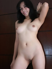 Picture gallery of amateur Oriental hotties