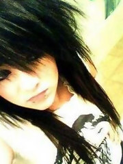 Picture collection of pretty emo girls selfshooting