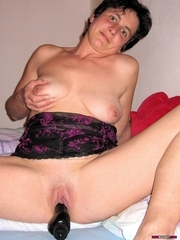 Wife Bucket - Bare wives, home porn, amateur swingers, and more!